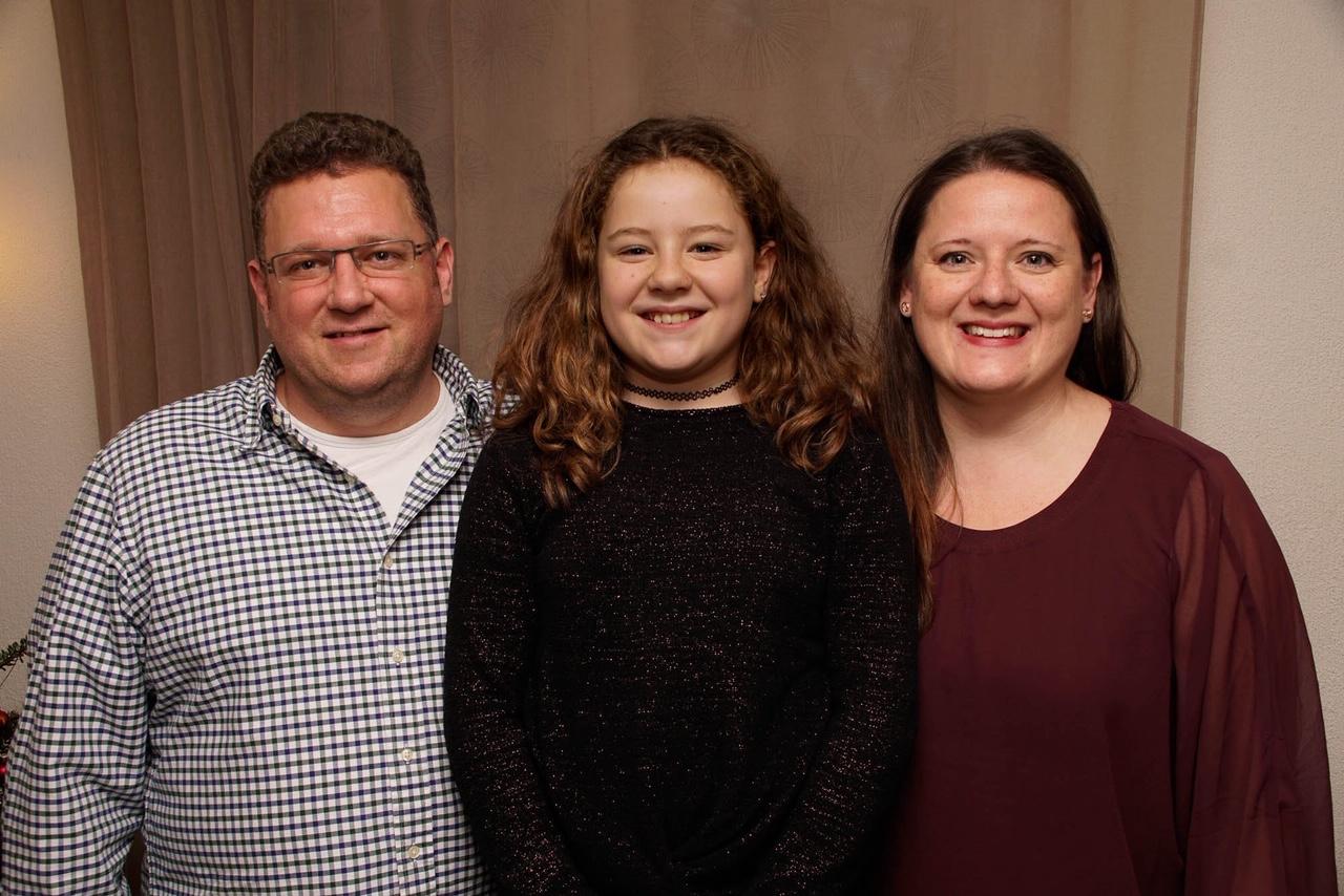 Vater, Tochter und Mutter Familie Bär