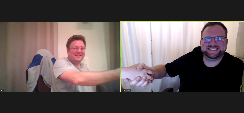 Daniel Bär und Thomas Bleile beim Handschlag
